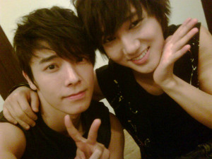 20110822_donghae_yesung_1